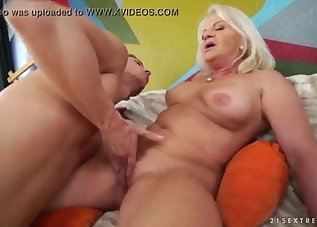 Bleached mature has awesome big boobs
