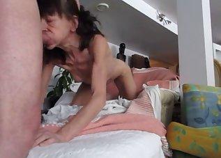 Skinny GILF gives a passionate blowjob